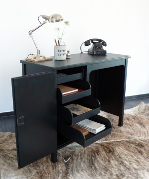 der kleine schwarze gute stube. Black Bedroom Furniture Sets. Home Design Ideas