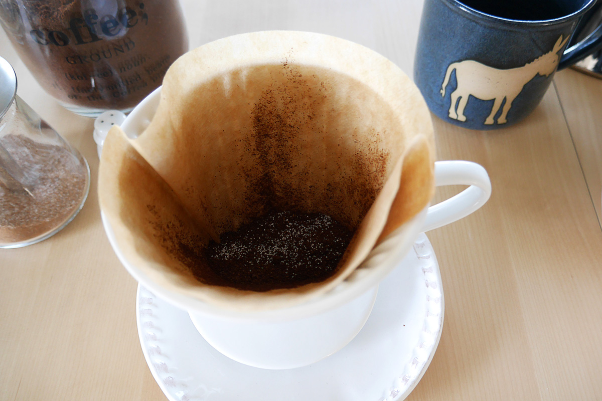 4_Kaffeepulver und Salz